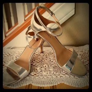 Vis Spiga Silver Heels